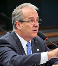 PSDB ganha espaço na equipe de Hartung