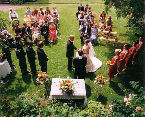 Quer um casamento ntimo e delicado aposte no mini wedding folha vit ria - Chique campagne ...