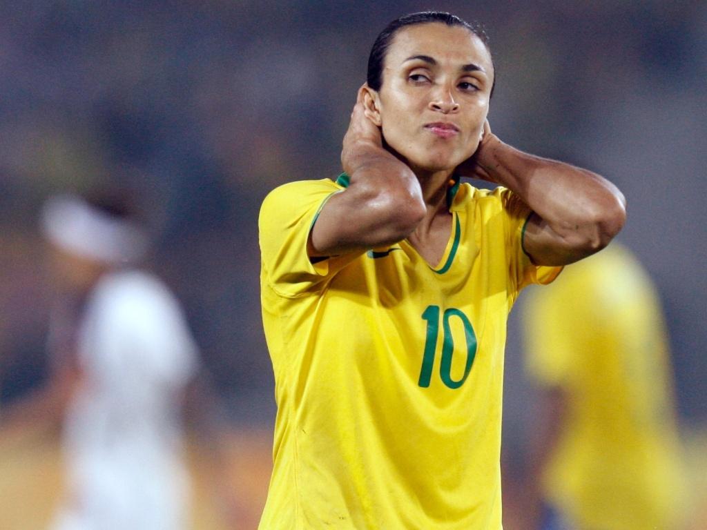 Seleção feminina de futebol empata com os Estados Unidos em ...