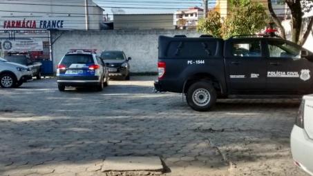 História de amor acaba com tiro no pé após suspeita de traição de marido em Vila Velha