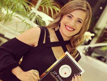 A apresentadora Taís Venâncio é a anfitriã do prêmio Gourmet Vip