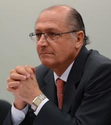 Alckmin diz que Dilma foi