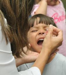 Campanhas contra pólio e sarampo dia 8