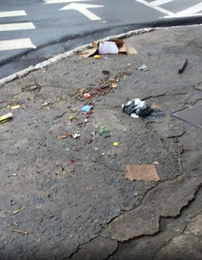 Ruas cheias de lixo e trabalho de limpeza reforçado após chuva em ...