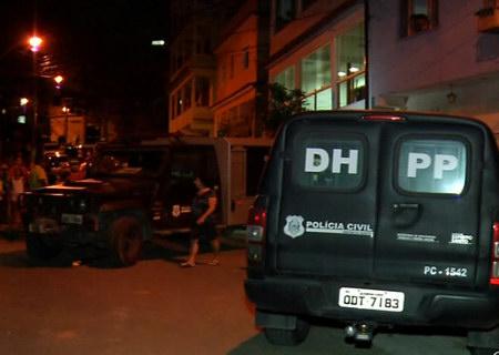 Mulher é assassinada a tiros em Cariacica após discussão com o ...
