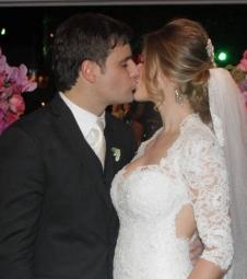 Casamento de Vesgo reúne vários famosos
