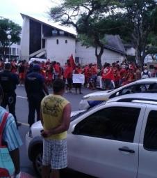 Perto do verão, guarda-vidas querem greve