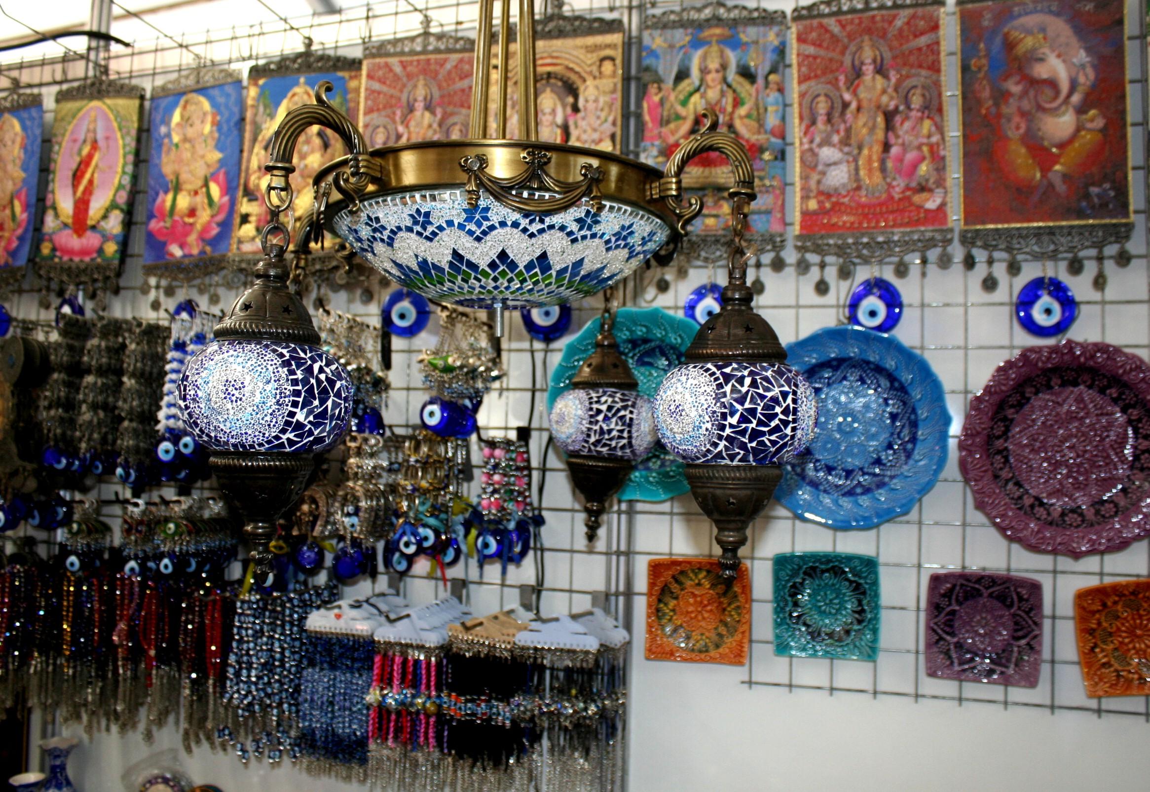 Aparador Suspenso Preto ~ Feira de artesanato em Vitória traz várias opções de presentes de Natal Folha Vitória