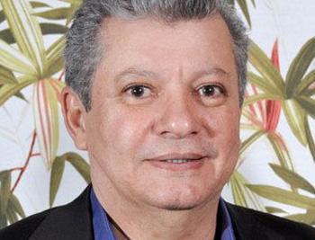 """Após polêmica, prefeito de Guarapari diz que nunca proibiu """"farofa ..."""