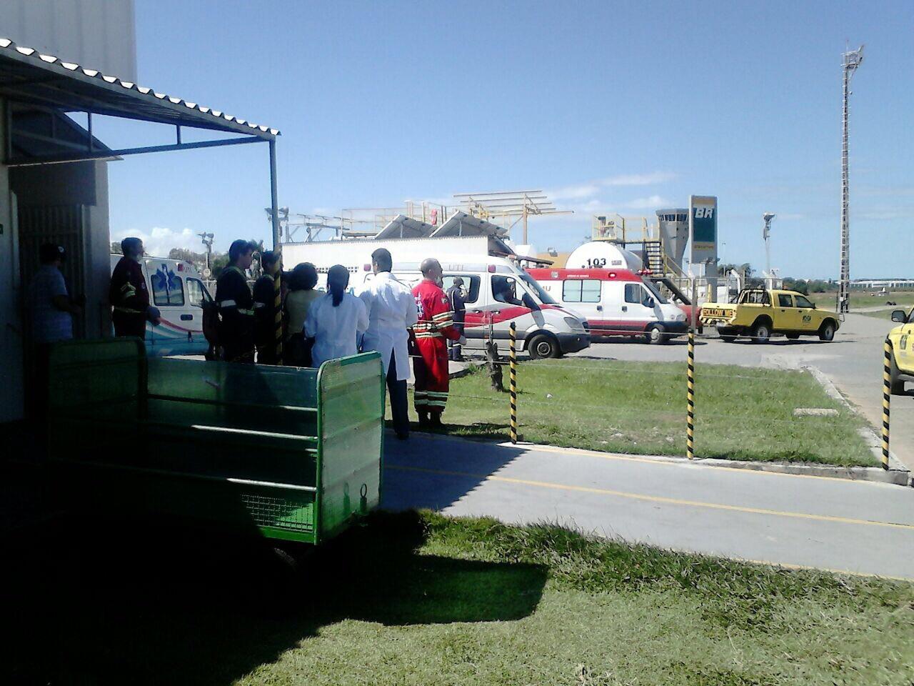Ambulâncias do Samu foram encaminhadas para o aeroporto para o atendimento das vítimas