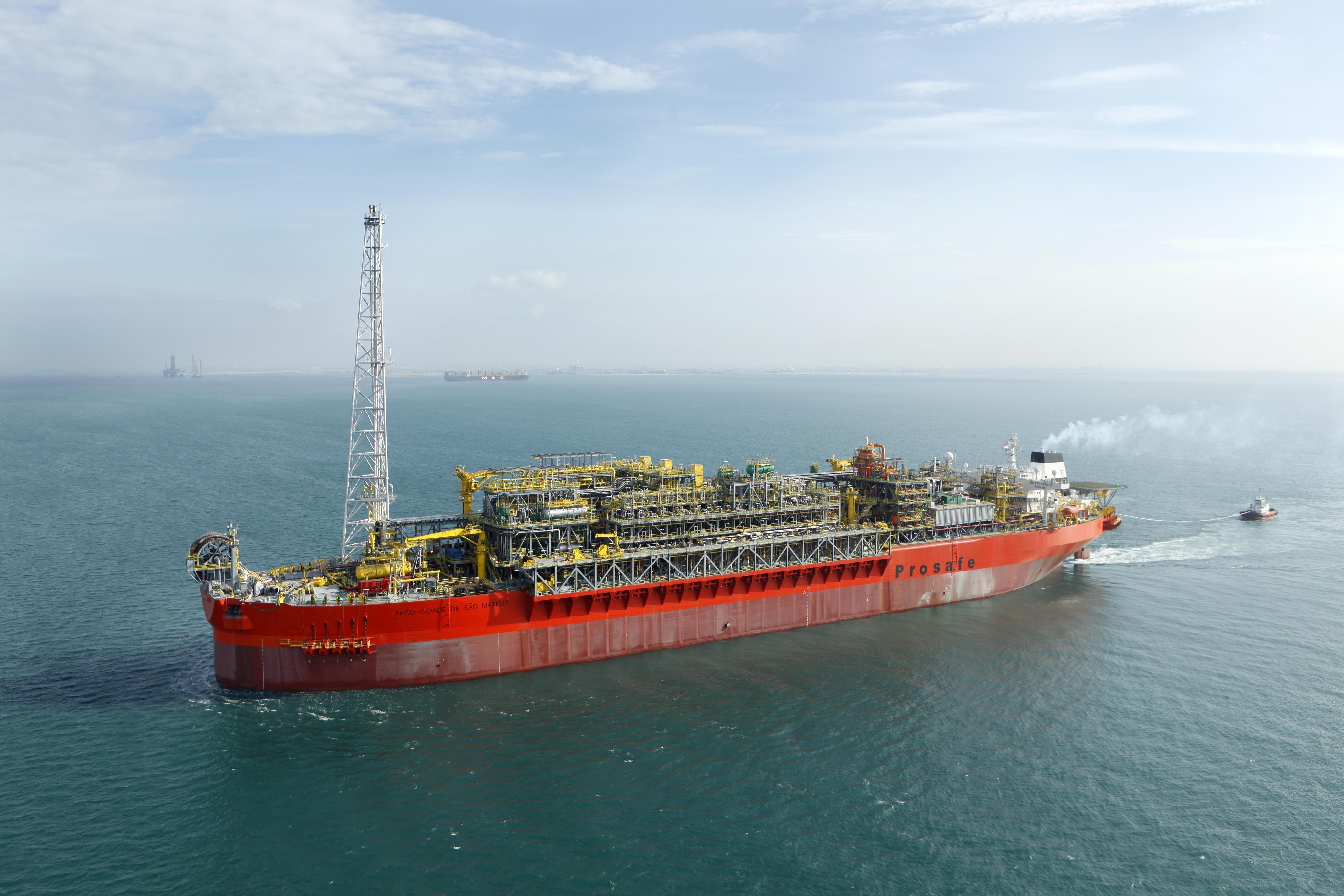 Caixa preta de navio-plataforma que explodiu será aberta no Rio de ...
