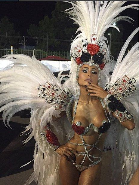 Com muito samba no pé, famosas dão show como rainhas e musas ...