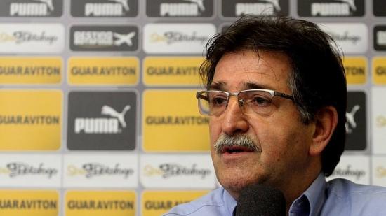 Após queda na Copa do Brasil, Botafogo demite René Simões ...