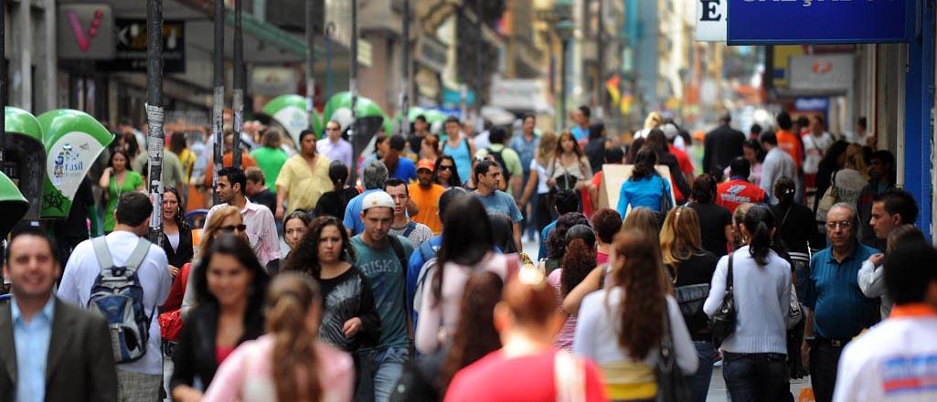 Resultado de imagem para populaçao diminui em municipios