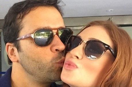 Depois de apagar fotos do namorado, Marina Ruy Barbosa se ...