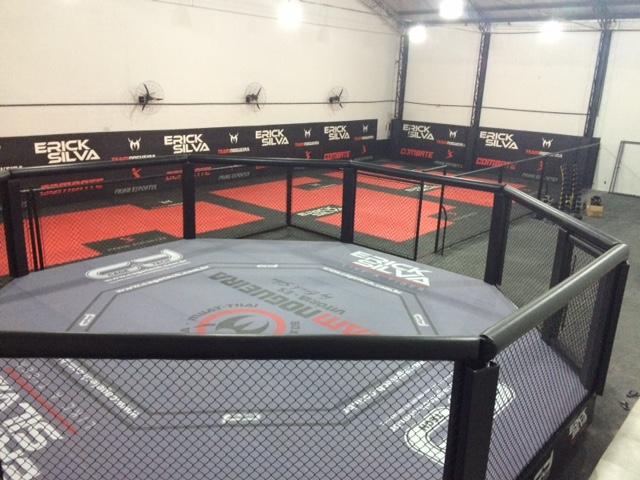 It's time! Academia de luta de famosos do MMA abre unidade na Serra