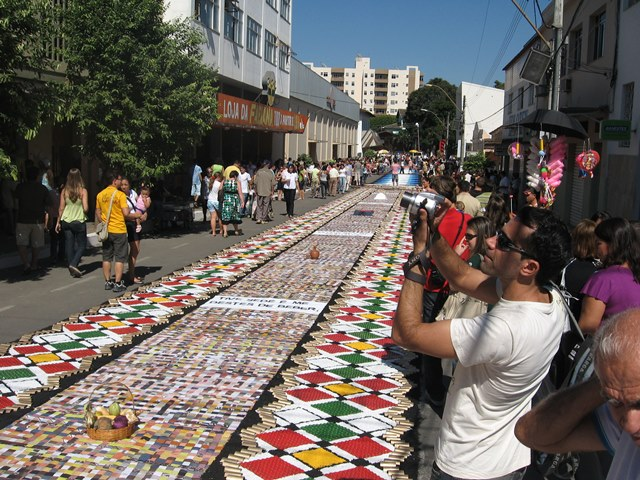 Festa De Corpus Christi Vai Atrair 80 Mil Visitantes Em Castelo