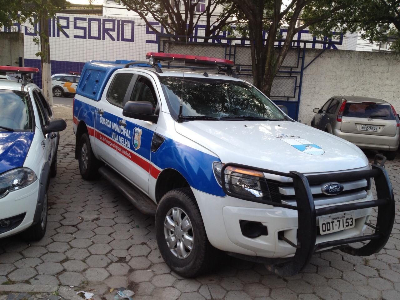 Taxista acusa guarda de injúria racial após confusão perto de boate ...