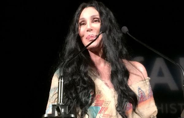 0e51290f3658e Cher não será a única face da Marc Jacobs. Saiba quem a acompanhará!   Folha  Vitória