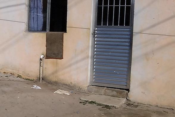 Mãe de 8 filhos é assassinada a tiros dentro de casa na Serra ...