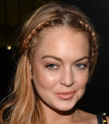 Sempre polêmica, Lindsay Lohan chega aos 29 anos