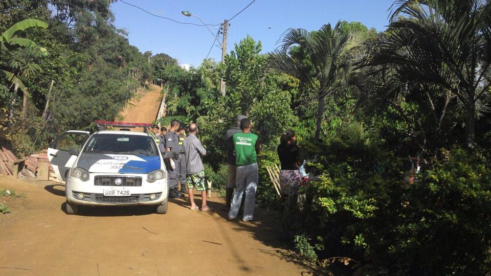 Chacina: quatro homens são assassinados dentro de casa em ...