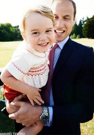 Príncipe George ganha mimo de aniversário da Guarda Real Britânica