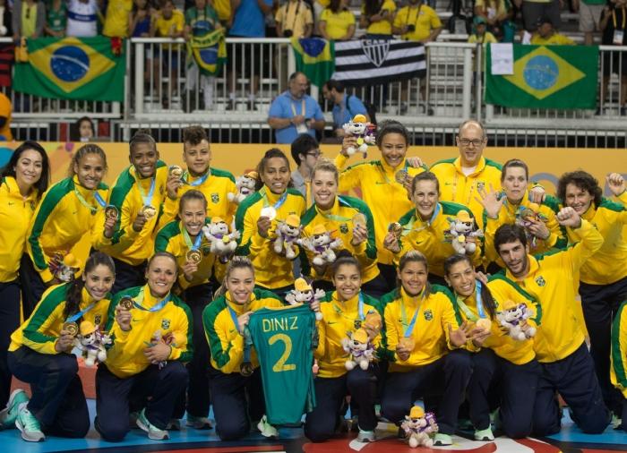 seleção feminina de handebol é pentacampeã no Pan-Americano