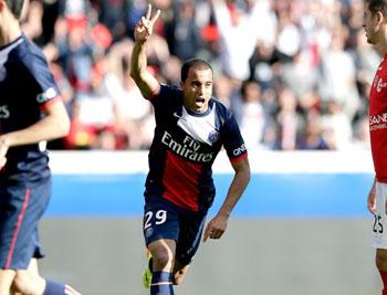 Com gol de Lucas, Paris Saint- Germain abre Francês com vitória ...
