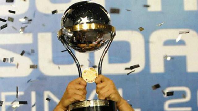 Ceará recua e desiste de disputar a Copa Sul- Americana | Folha ...