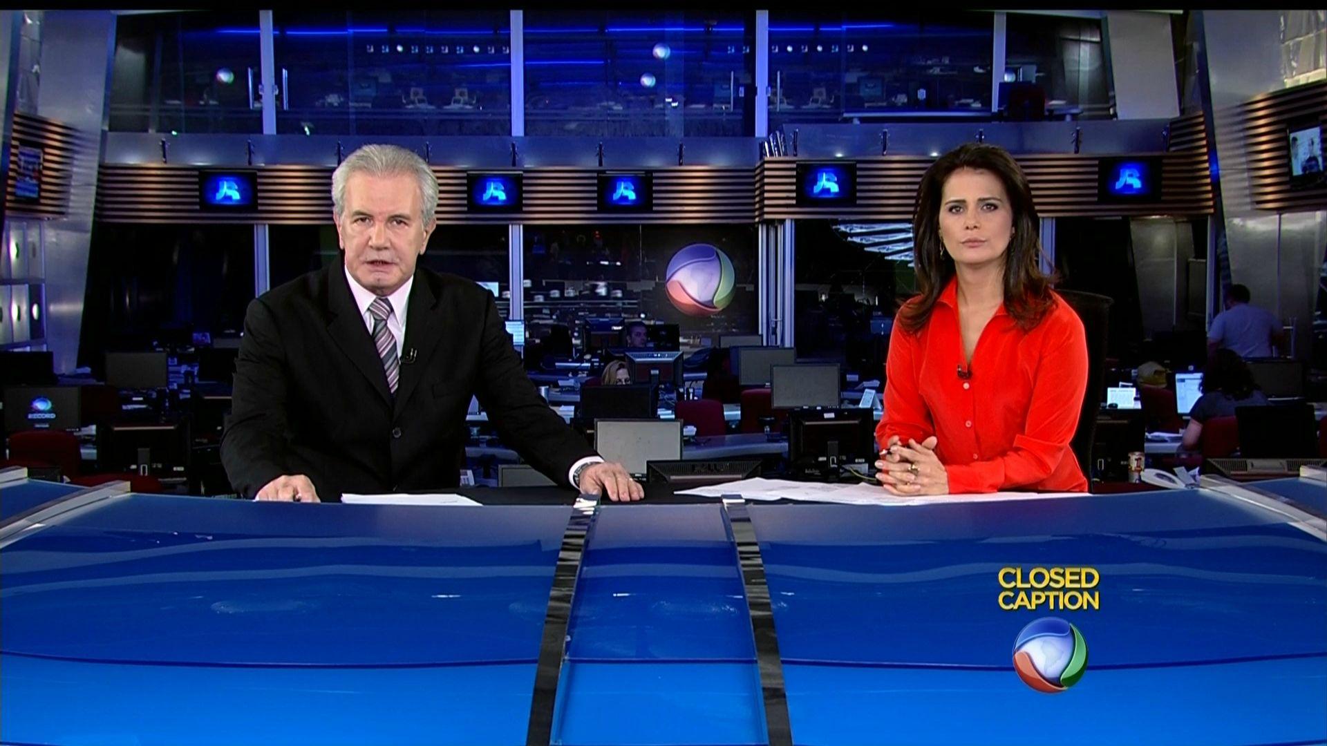 """"""" Jornal da Record"""" faz reportagem especial para homenagear os 50 ..."""