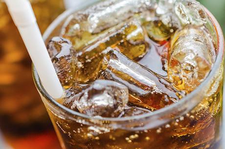Coca, Ambev e Pepsi deixam de vender refrigerante a escolas ...