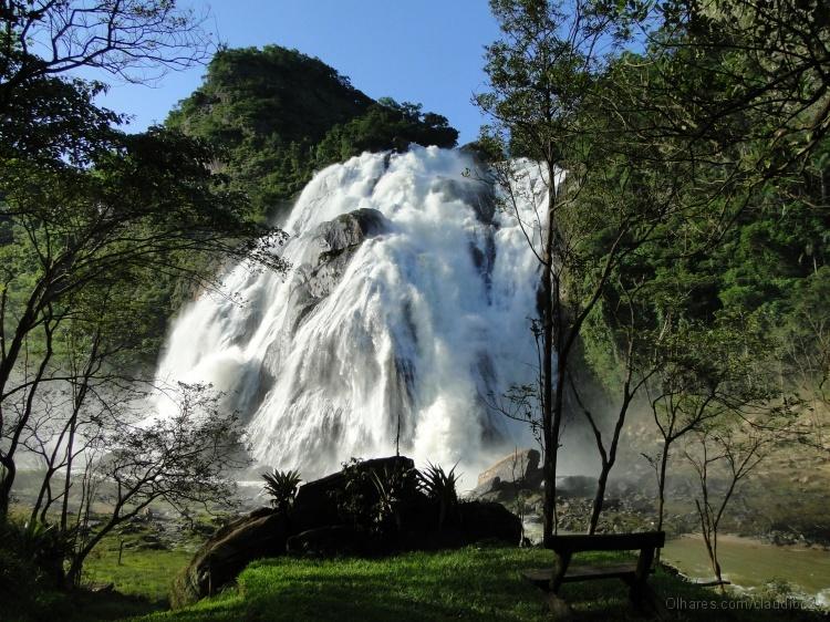 Em Alegre, Cachoeira da Fumaça ganha livro em homenagem a ...