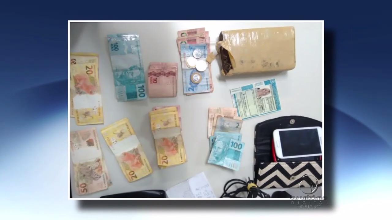 """Mulher conhecida como """" loira do pó"""" é detida em Vila Velha   Folha ..."""