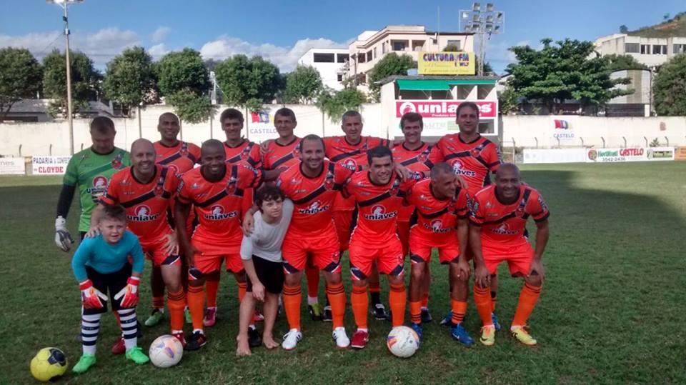 Veteranos do futebol de Castelo vão enfrentar equipe máster do ...