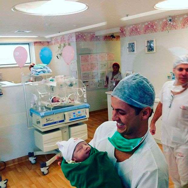 Após dar à luz, Fernanda Gentil fala sobre nascimento de Gabriel ...