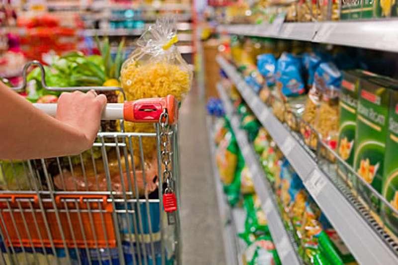 Os produtos que registraram queda nos preços foram o óleo, feijão e a farinha de trigo