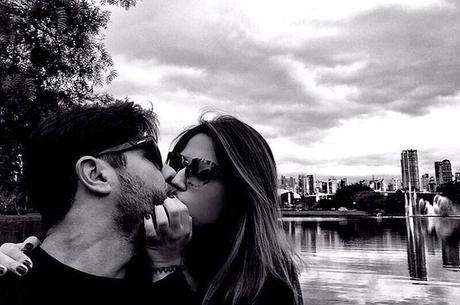 Grávida, filha do cantor Leonardo se declara para namorado | Folha ...