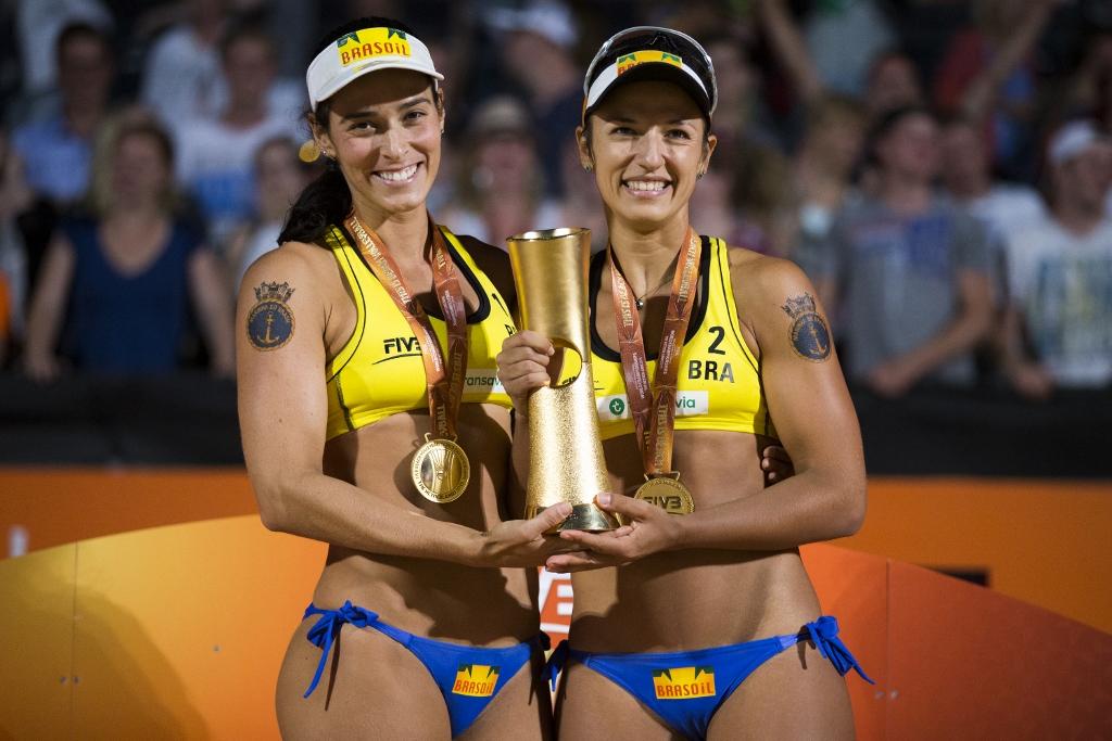 Brasil segue forte no Open do Rio de vôlei de praia e 12 duplas ...