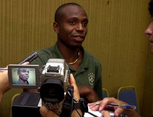 Ex-jogador do Flamengo teria ligação com esquema de fraudes da ...