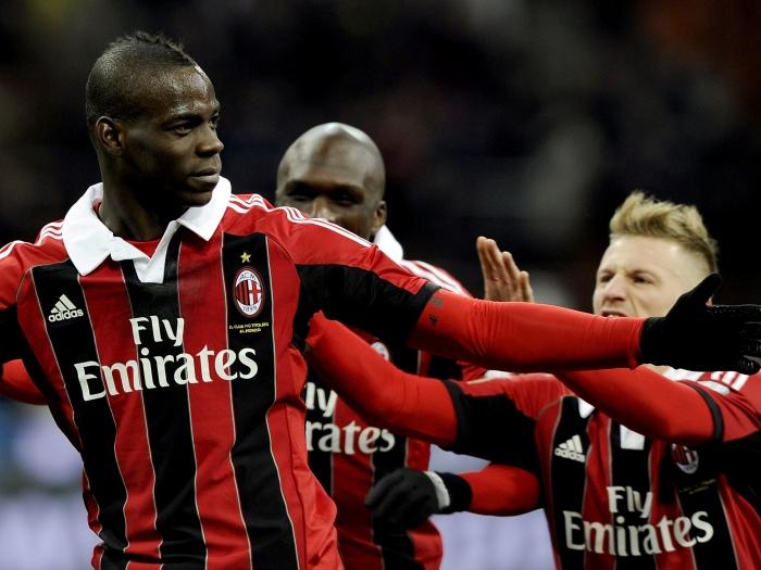 Com golaço de Balotelli, Milan bate Udinese fora de casa no Italiano