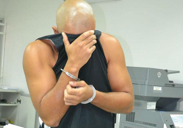 Lutador confessa que matou a mãe em Piúma porque ela queria ...