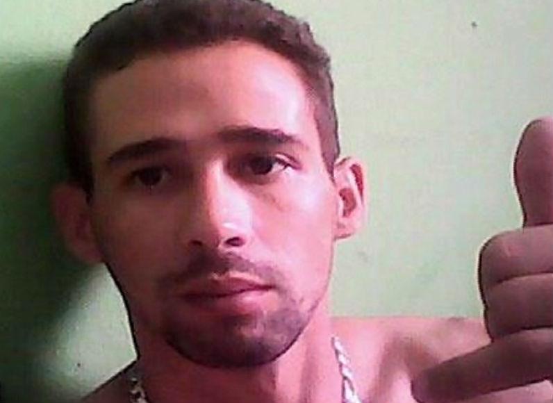 Criança levada pelo pai após assassinato da mãe em Cariacica é ...