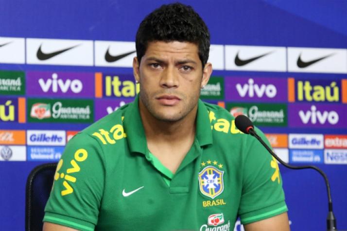 Hulk volta a acusar torcida rival de racismo no Campeonato Russo ...