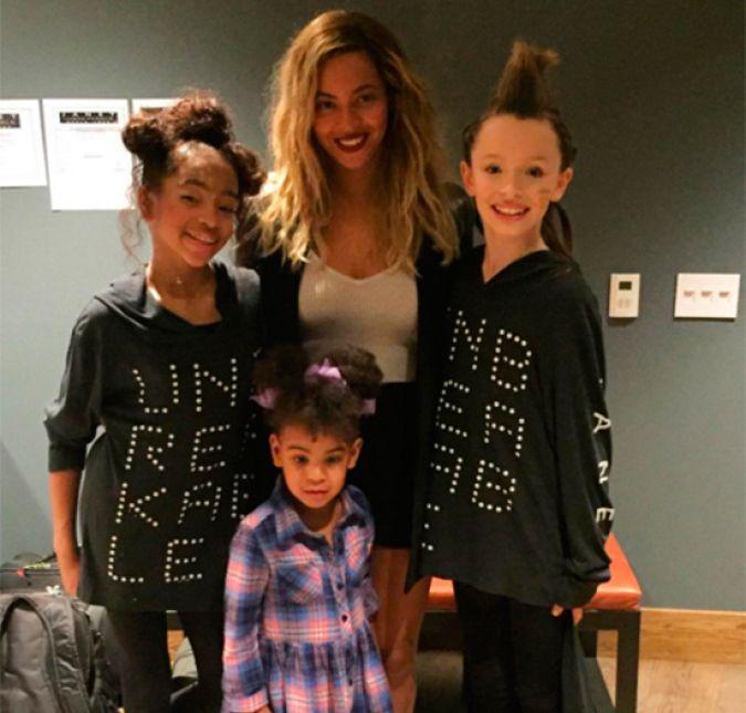 Beyoncé prova que a filha também curte um bom show de Janet ...