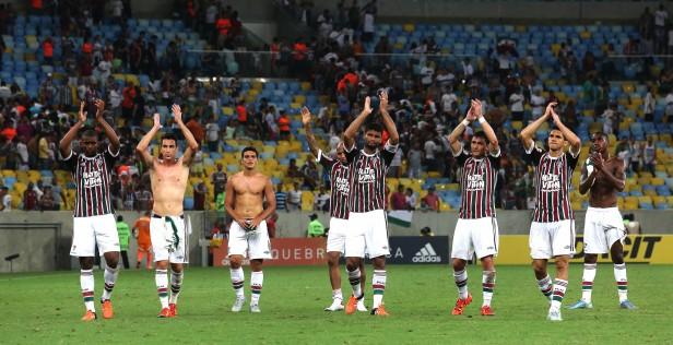 Fluminense vence no Maracanã e abre vantagem sobre Palmeiras ...