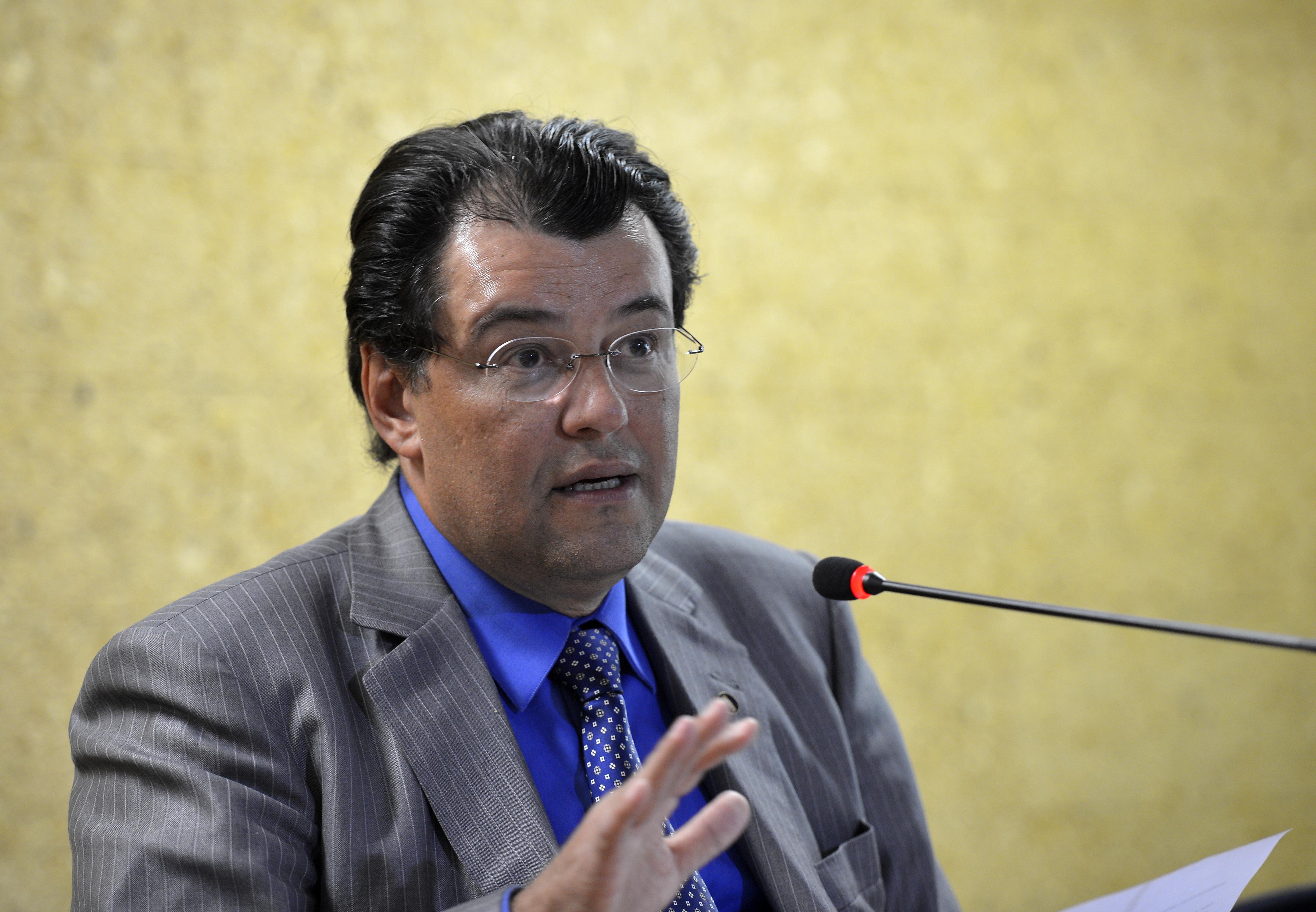 Ministro de Minas e Energia diz que risco de racionamento é zero ...