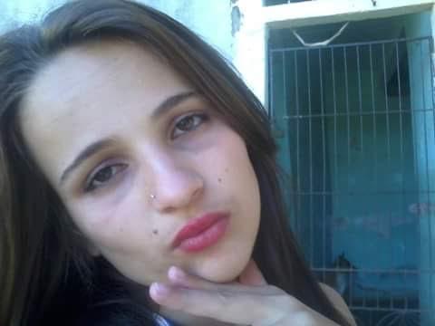 Adolescente de 16 anos é decapitada e tem olho arrancado em ...