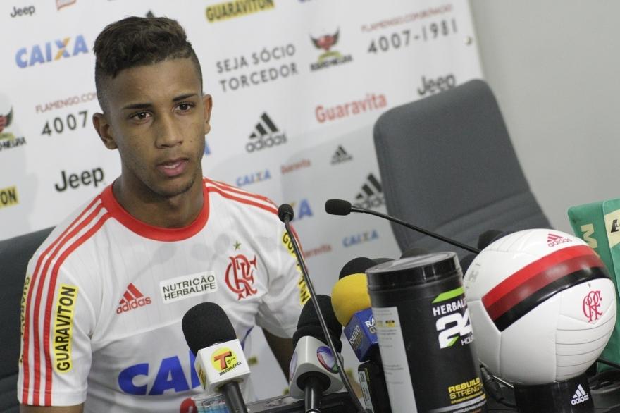 Sem Douglas Santos, seleção olímpica terá flamenguista Jorge em ...