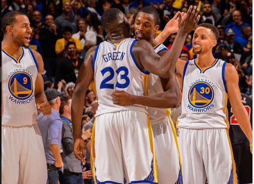 Warriors vence Lakers e estabelece melhor início da história da NBA